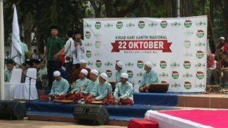 Ribuan Santri dan TNI Hadiri Kirab Hari Santri Nasional