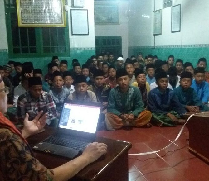 Di Bengkulu Utara, Mudir Aam JATMAN Kupas Kitab Sirrul Asrar
